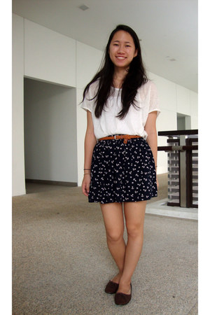 white Zara shirt - navy anchor-printed skirt - dark brown oxford Rabbit HK flats