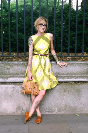 beige Topshop bag - beige Urban Outfitters shoes - yellow vintage dress