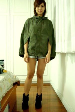 Izzue jacket - Forever21 shorts - Topshop t-shirt - Minnetonka shoes - Marimekko