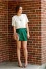 Nude-feather-clutch-asos-bag-camel-vintage-heels-dark-green-asos-skirt