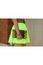 Yellow-honey-punch-skirt-off-white-forever-21-shirt