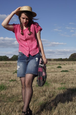 new look wedges - Zara bag - blue Miss Selfridge shorts - pink vintage blouse