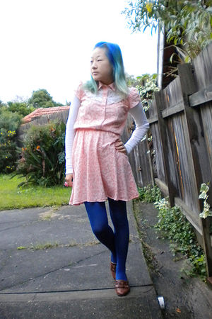 pink dress - blue tights - brown Calico shoes