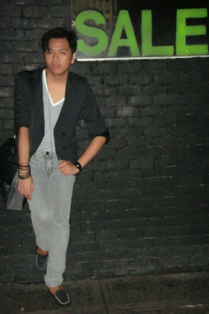 Zara blazer - Topman t-shirt - human jeans - thrifted shoes - Girbaud - H&amp;M