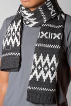 Gray-freshjive-scarf
