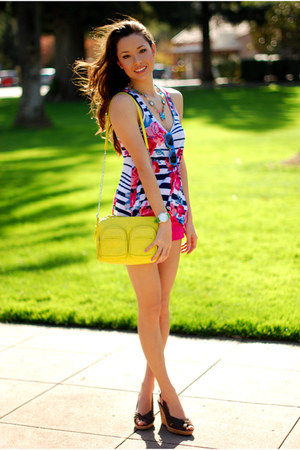 yellow Forever 21 bag - blue LYLIF sunglasses - hot pink Forever 21 top