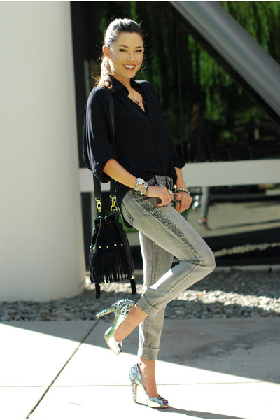 black Style Sofia shirt - silver Bebe jeans - silver sam edelman heels