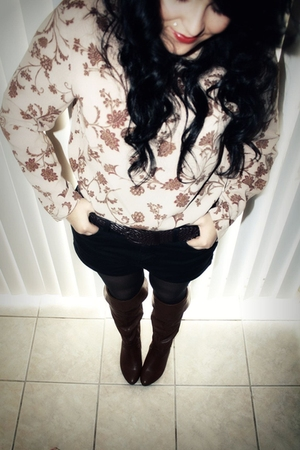 free shirt - f21 boots - calvin klein tights - Urban Outfitters shorts