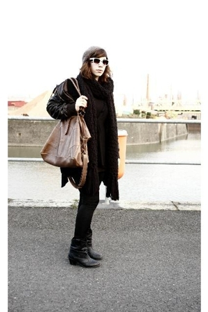 c&amp;a hat - Hallhuber scarf - Zara dress - goertz17 boots - Topshop purse - fielma