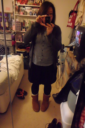 gray Uniqlo cardigan - gray Newlook shirt - black Primark skirt - brown Miss Kg