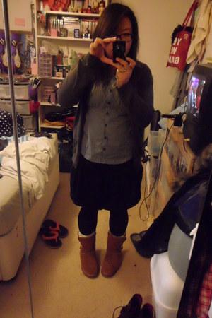 gray Uniqlo cardigan - gray Newlook shirt - black Primark skirt - brown Miss Kg