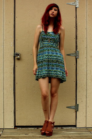 green printed Mossimo dress - gold chain From Cali With Love necklace