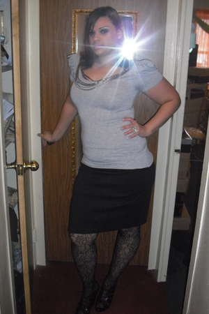 black stockings - black New York and Company skirt - black Aldo shoes