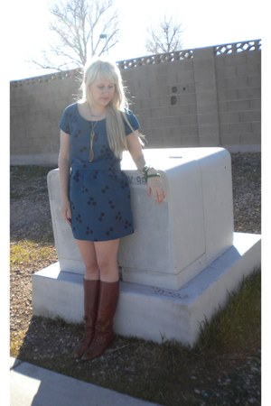 thrifted vintage boots - blue urbanoutfitters dress