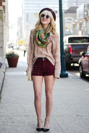maroon Choies shorts - black Boohoo heels