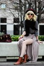 Papaya-clothing-skirt-madewell-boots-forever-21-scarf