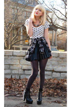 white polka dots Urban Outfitters top - black Jeffrey Campbell shoes