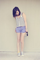 white Forever 21 top - heather gray Converse shoes