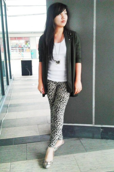 leopard print So FAB leggings - dark green Plains & Prints blazer