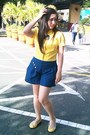 Yellow-vintage-top-teal-glamour-shorts-light-yellow-tomato-flats