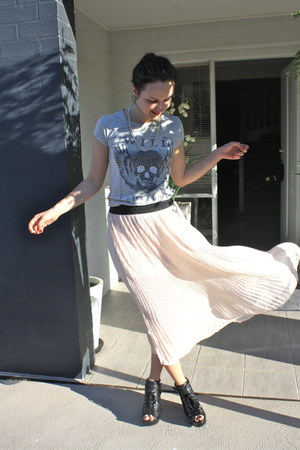 peach boutique skirt - heather gray Zara t-shirt - black leather Wittners wedges