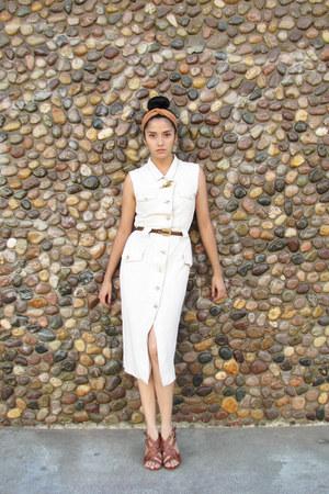 off white linen vintage dress - dark brown leather vintage accessories