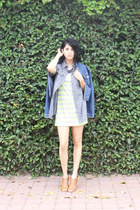 blue denim jacket Levis jacket - camel faux leather Steve Madden shoes