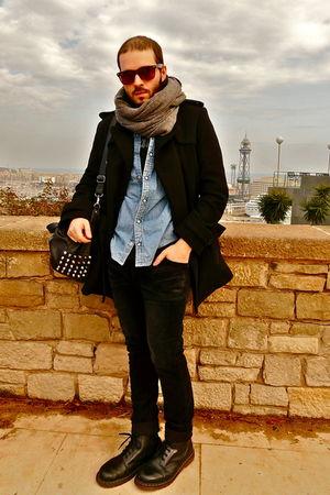 vintage Levis shirt - H&M coat - H&M scarf - tee American Apparel - Zara pants