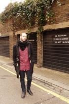 American Apparel - Zara - vintage shirt - Primark jeans - Zara boots - UO glasse