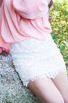 white lae skirt skirt