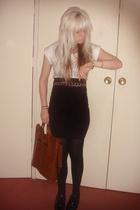 sportgirl t-shirt - supre skirt - morrissey belt