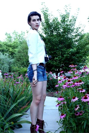 brown Elle for Kohls boots - blue American Eagle shorts - brown kohls belt - whi