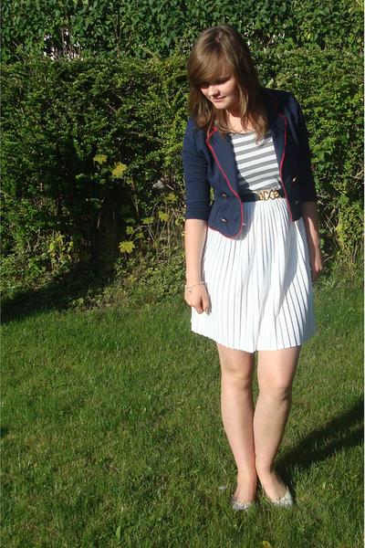 second hand skirt - eve t-shirt - H&M blazer - second hand belt