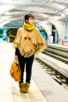 camel faux fur Taiwanese brand boots - navy Forever 21 jeans - mustard merona sc