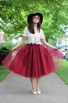 ruby red tulle midi eShakti skirt - black Kristin Perry sunglasses