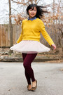 Yellow-mustard-sweater-periwinkle-chambray-shirt-brick-red-tights