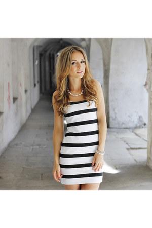 white H&M dress