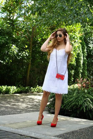 white Club Monaco dress - red Aldo heels