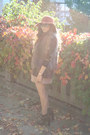Brown-leopard-print-zara-blazer-beige-underground-flower-dress