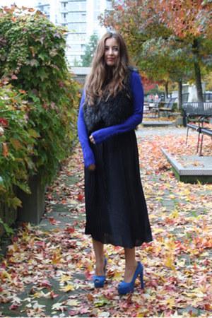 blue Zara sweater - black maxi H&M skirt