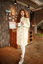 eggshell coat - tan shoes - ivory pants