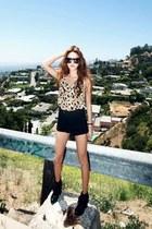 tan leopard print Style Nanda shirt - black boots