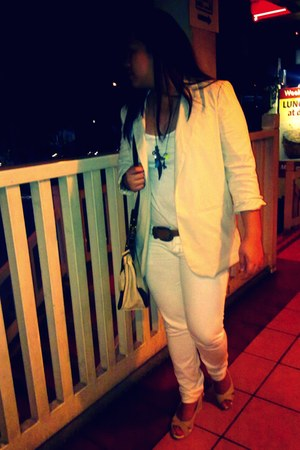 khaki wedges - white united colors of benetton jeans - beige Forever21 blazer