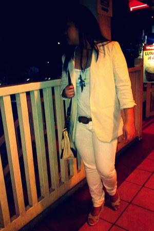 khaki wedges - white united colors of benetton jeans - beige Forever21 blazer