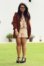 Crimson-thrifted-blazer-peach-forever-21-shorts-light-pink-thrifted-top