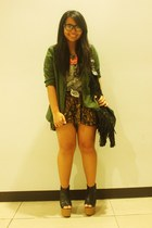 black wedges - green Zara blazer - dark brown Forever 21 shorts