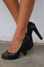 Zara-black-topman-black-belt-forever-21-shorts-black-dolce-vita