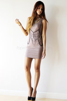 light pink with chains human dress - black Call it Spring pumps