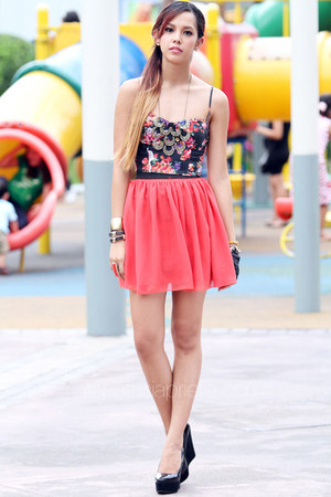 salmon chiffon American Apparel skirt
