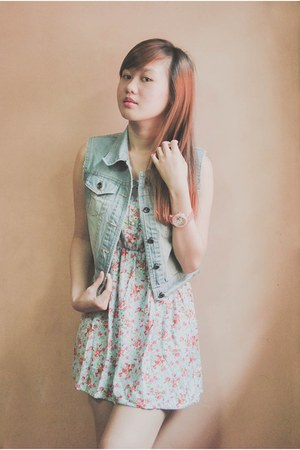 denim DIY vest - pink hello kitty watch